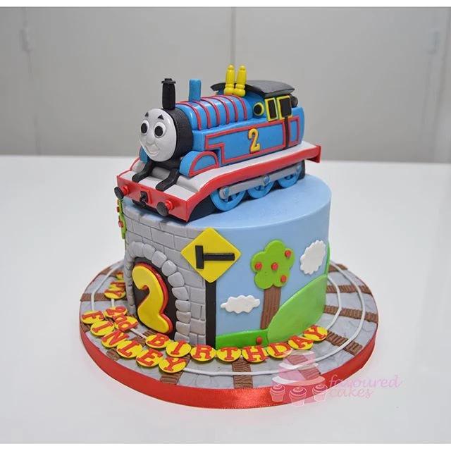 Thomas the Tank Engine Cake TM2