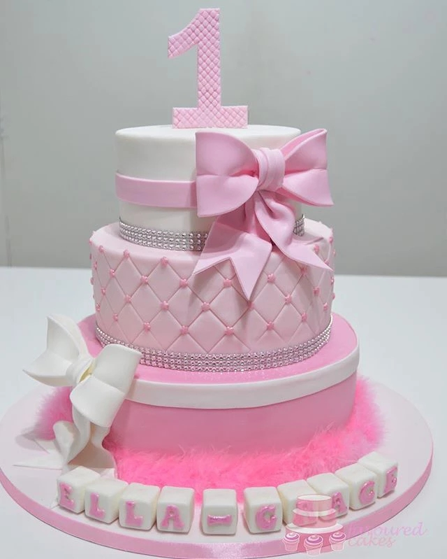 Frilly Bow Cake
