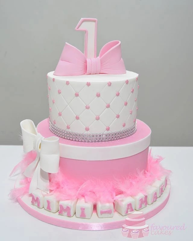 Feather & Bows Cake