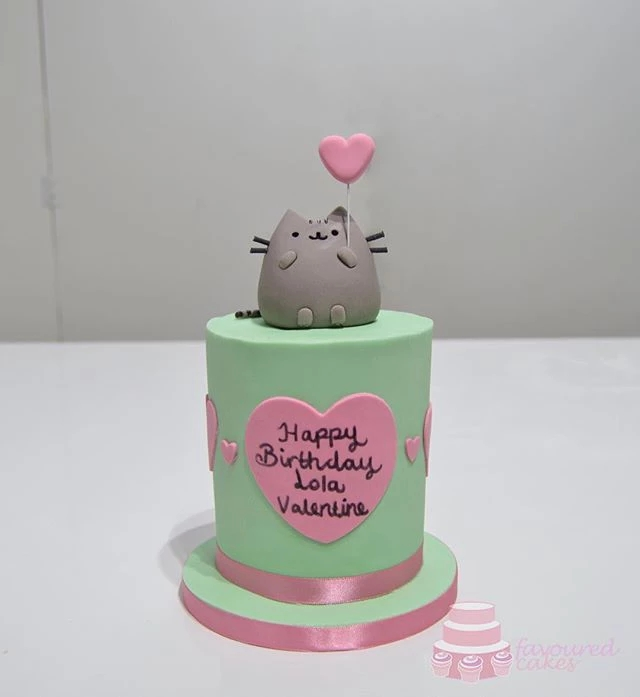 Pusheen Mini Cake