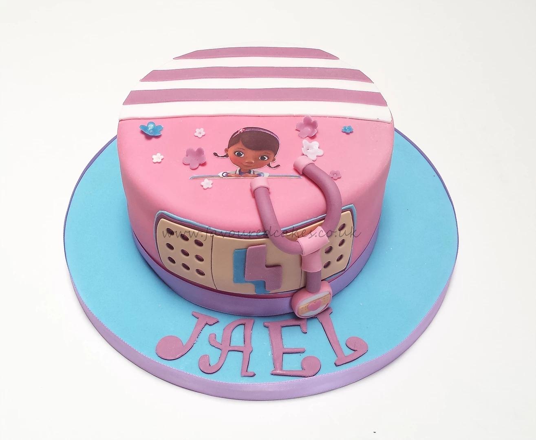 Doc McStuffins Cake DC01