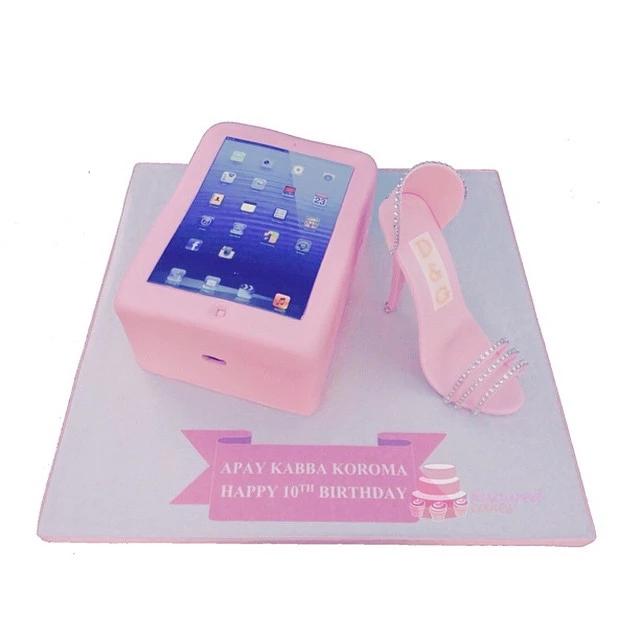 iPad and Shoe Cake