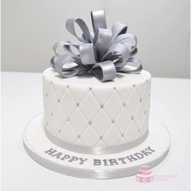 Silver Looped Bow Quilt Embossed Cake