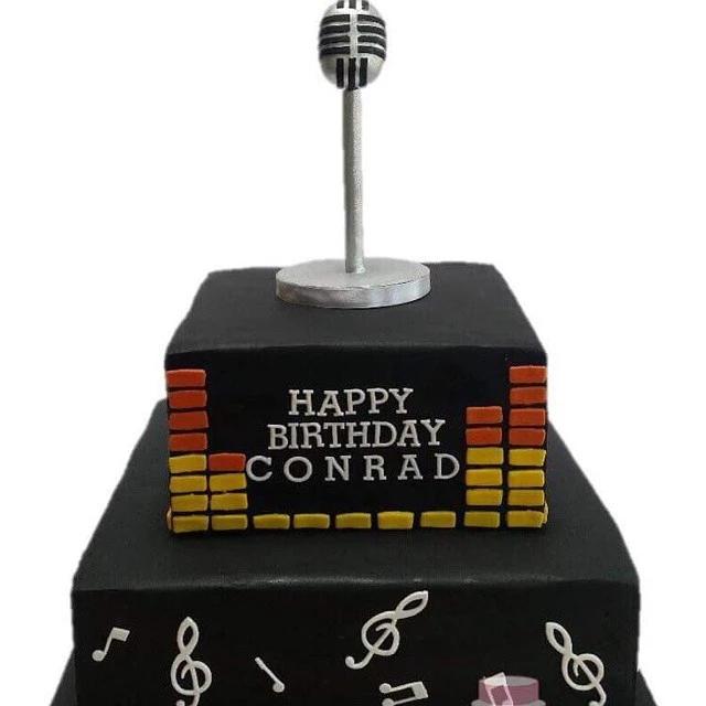 Singer / Music Cake