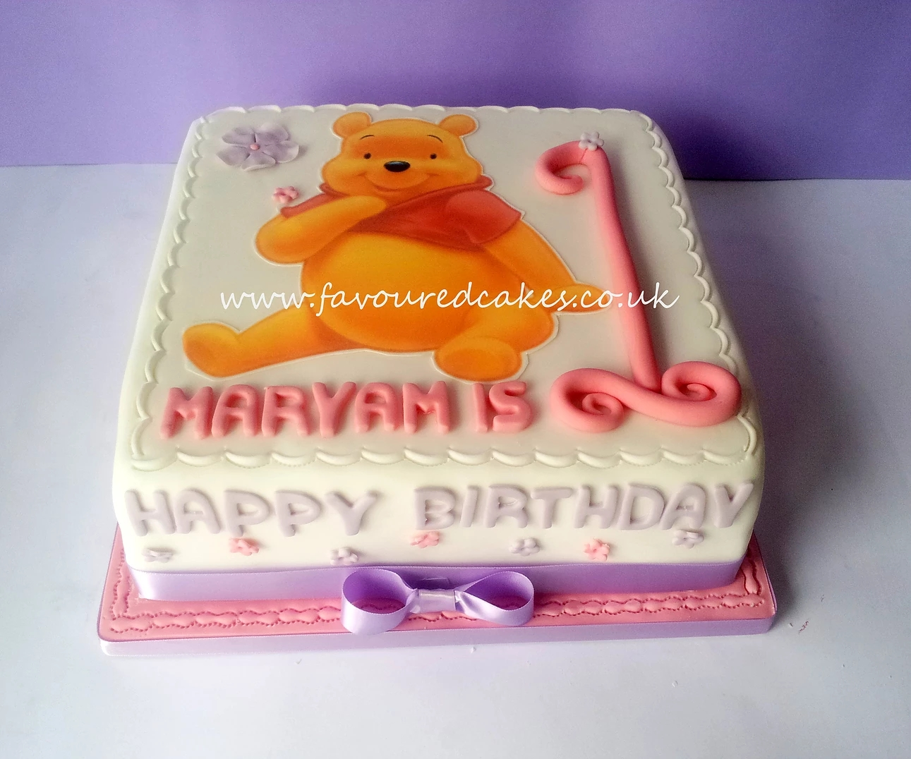 Winnie the Pooh Picture Cake