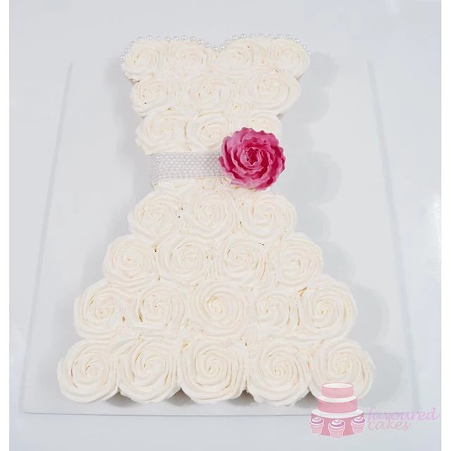 Pull-apart Wedding Dress Cupcakes