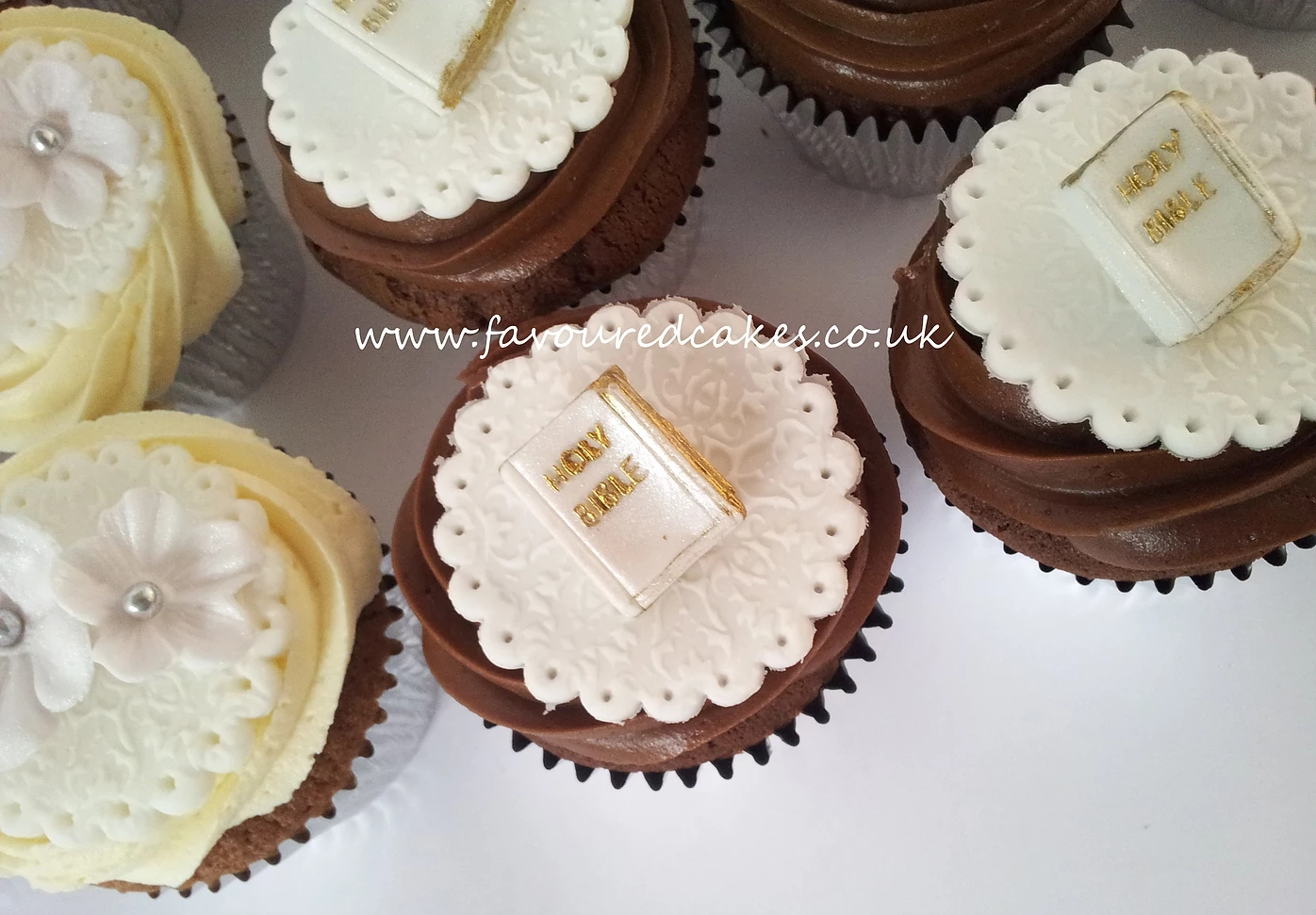 Holy Communion Cupcakes