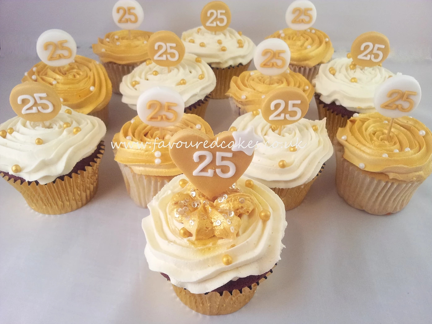 Gold & White B'day Cupcakes