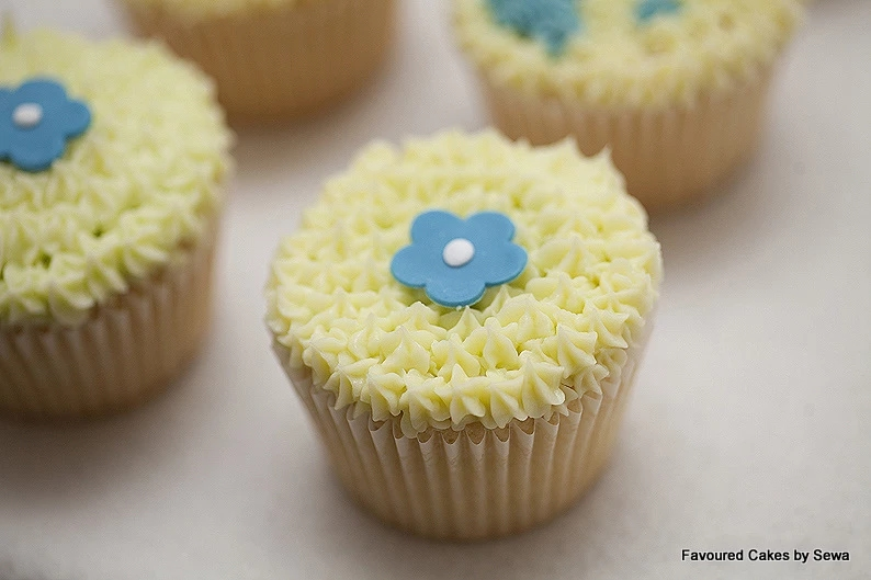 Yellow & Blue Mini Blossom Cupcakes