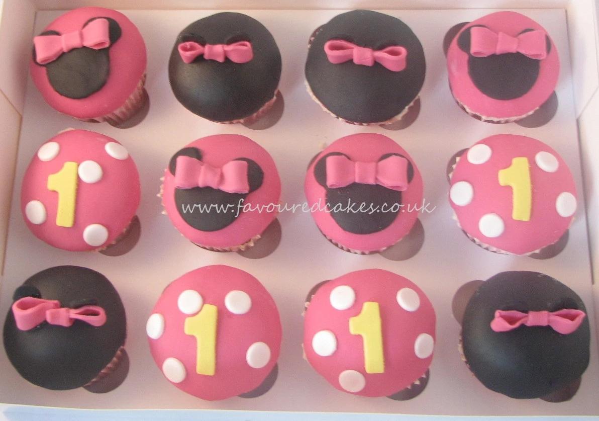 Fuchsia Minnie Mouse Cupcakes