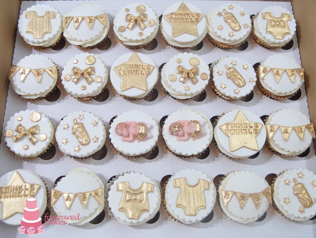 Golden Star Cupcakes