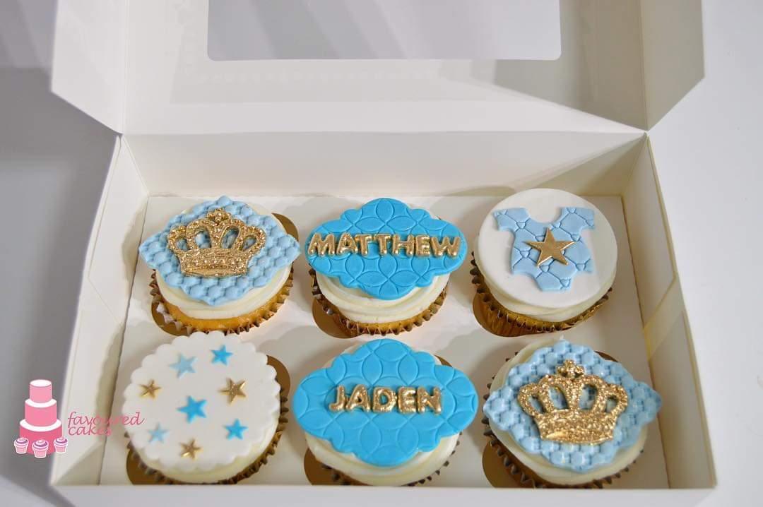 Crown Stars Romper Cupcakes