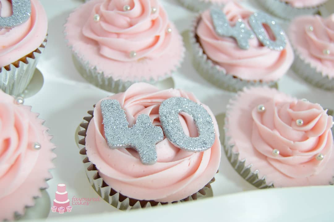 Sparkle Age Cupcakes