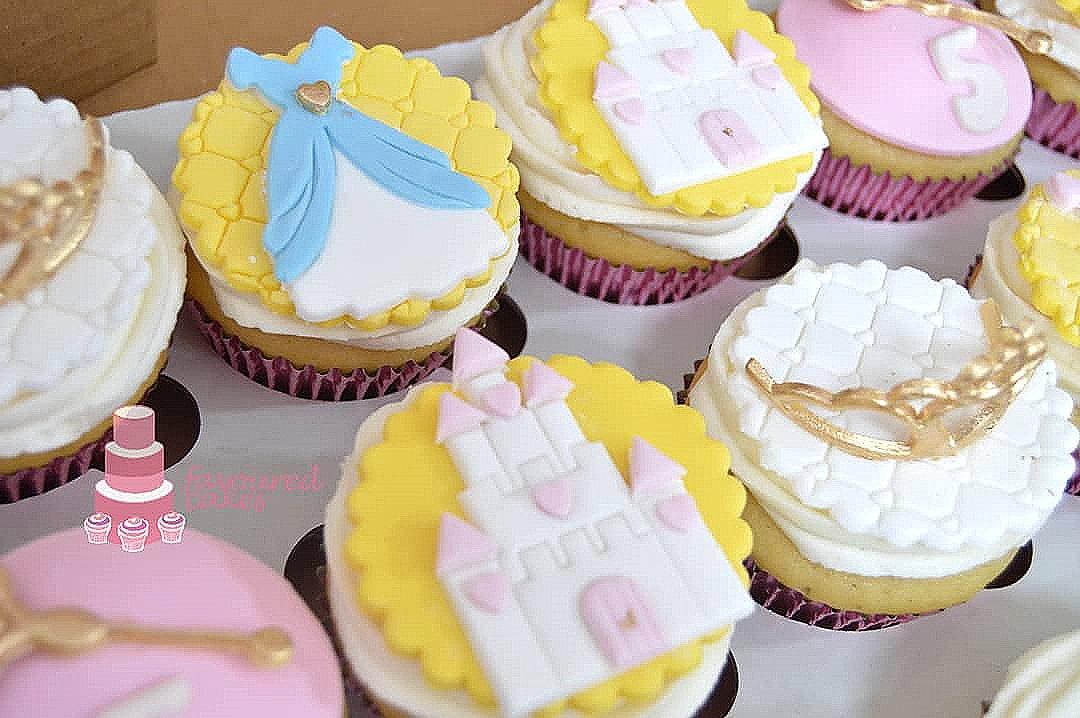Princess Castle, Dress Tiara Cupcakes