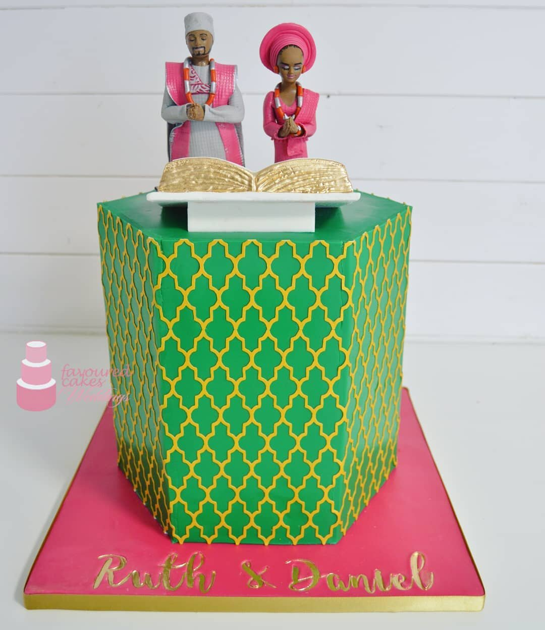 Tall Hex Praying Couple - Nigerierian Trad Cake