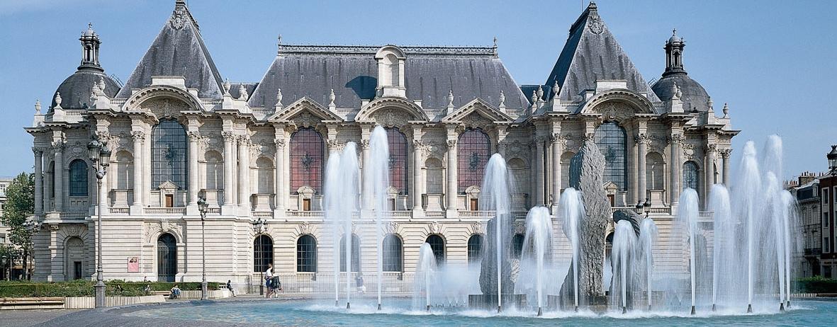 Façade_du_musée_Palais_des_Beaux-Arts.jpg