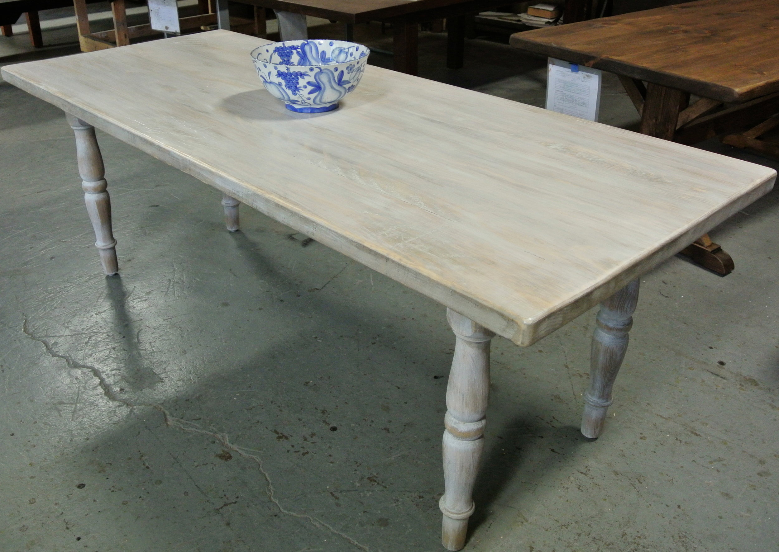 Whitewashed Pine Farm Table on Turned Legs.