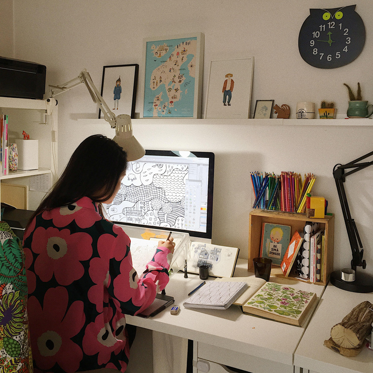 Emma-Farrarons-studio.jpg