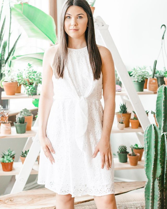 The sweetest summer dress, EVERYONE needs to have a go to LWD and this eyelet stunner is just the one✨