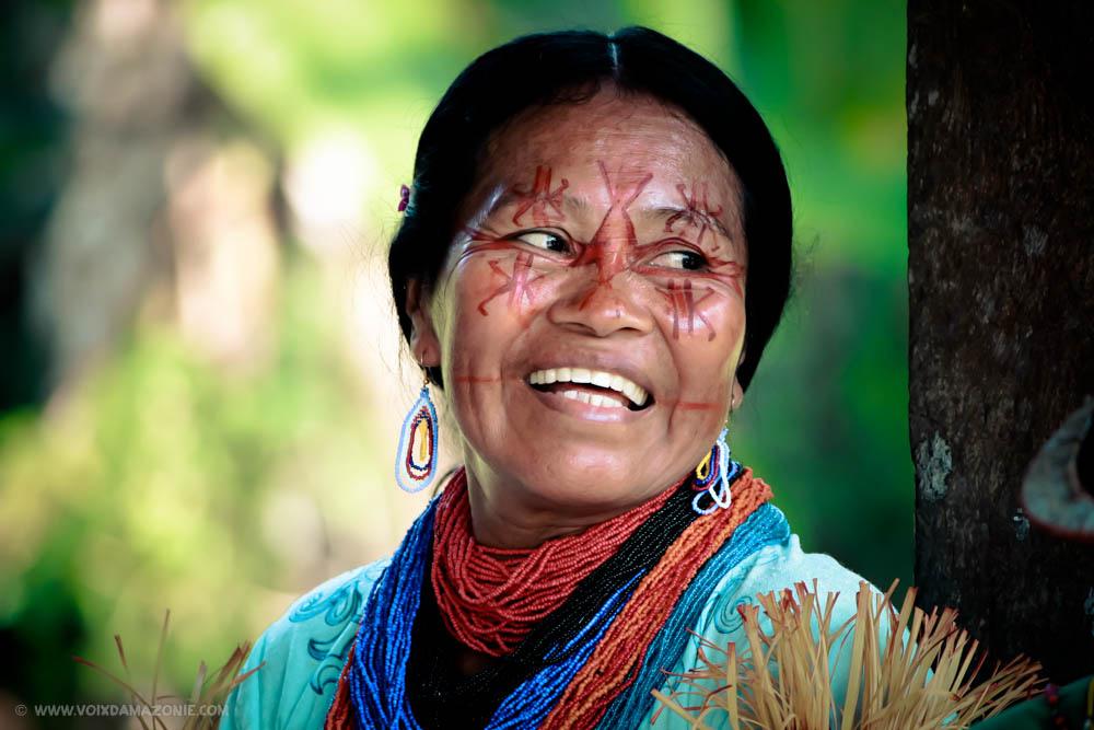 Voix d'Amazonie Mujer Secoya.jpg