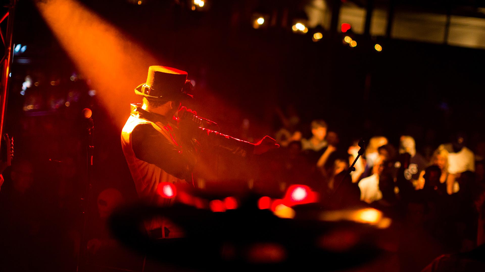 Festa in Piazza - Superba Music Agency