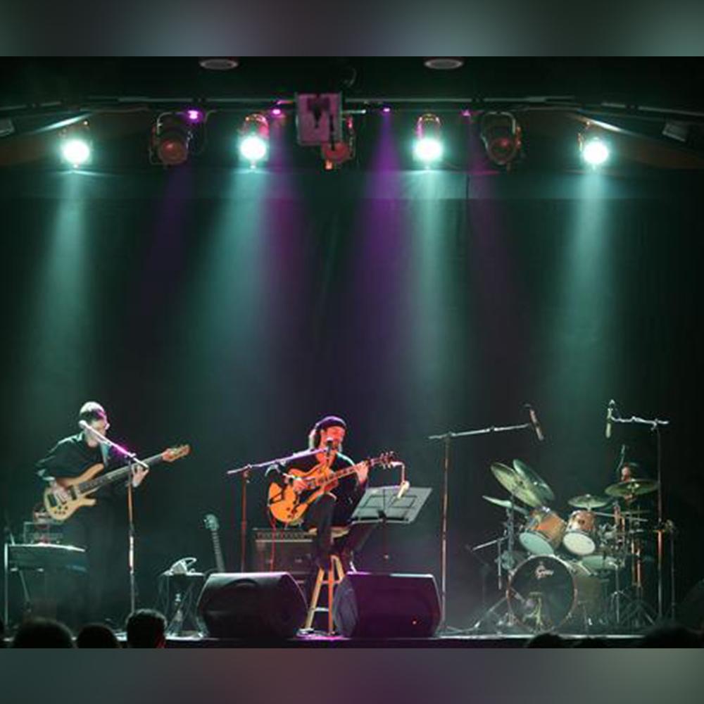 Divario-Trio-Profile.jpg