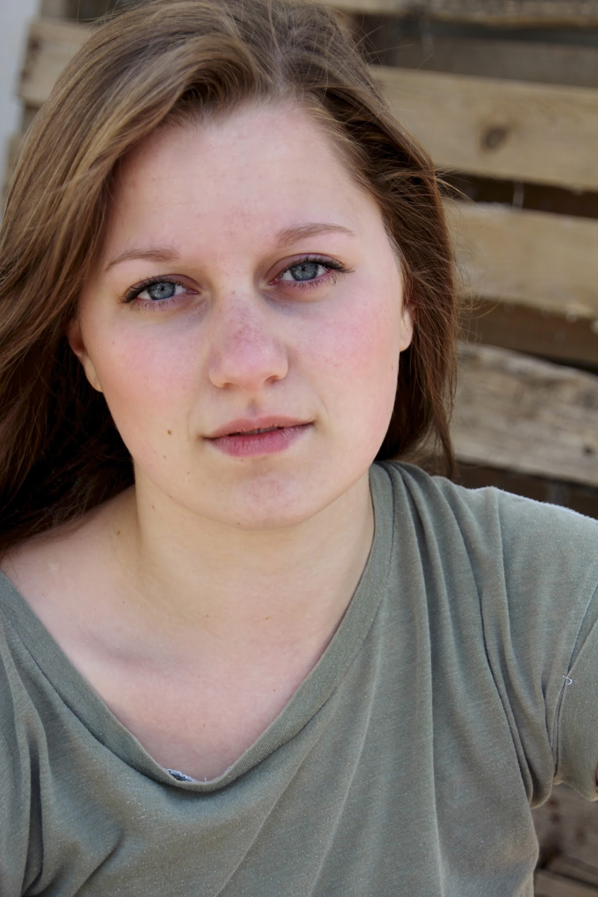 Hannah Efsits Headshot.JPG