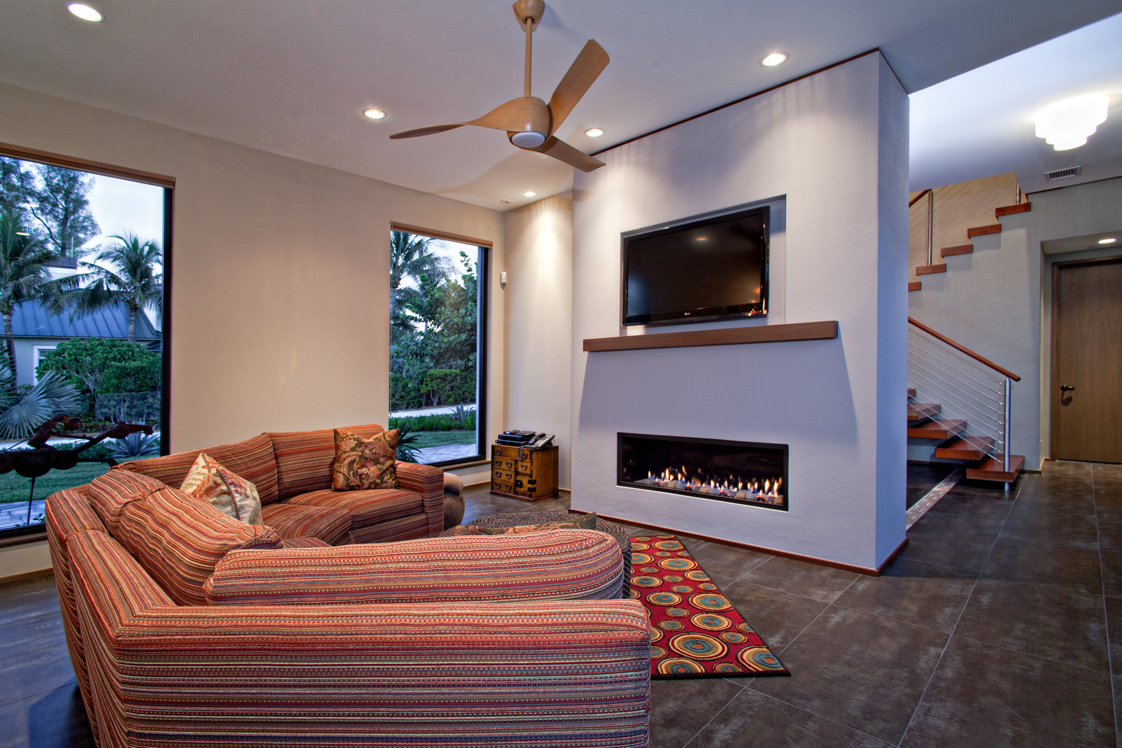 Indoor Linear Gas Fireplace