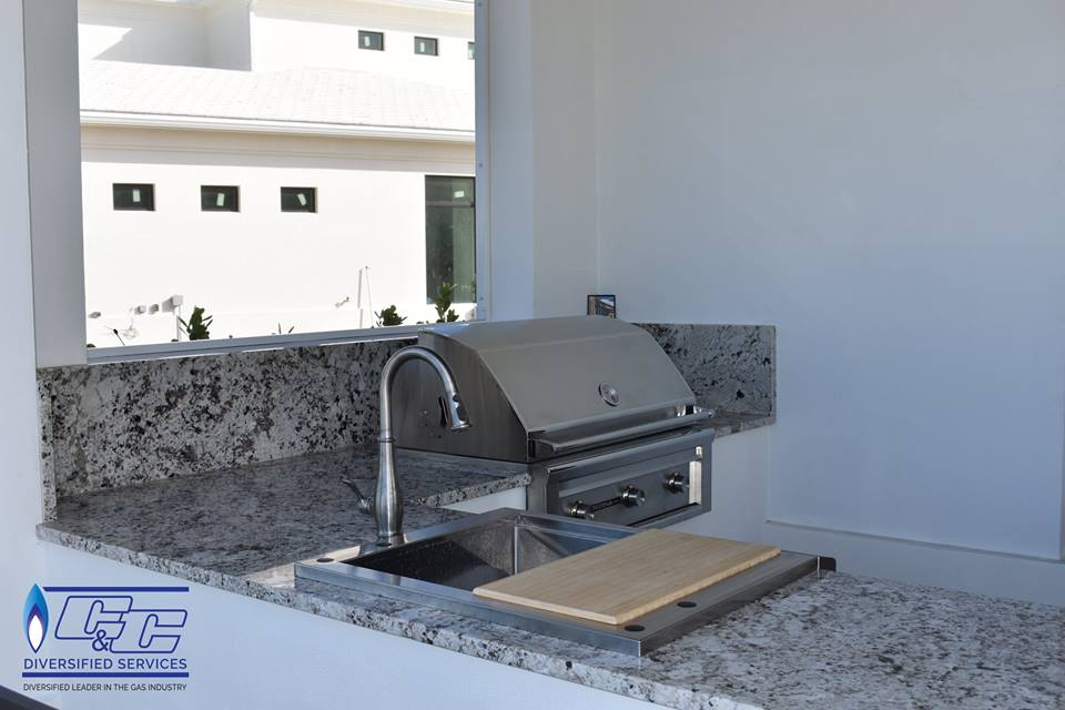 Custom Build U-Shape with Stucco & Granite