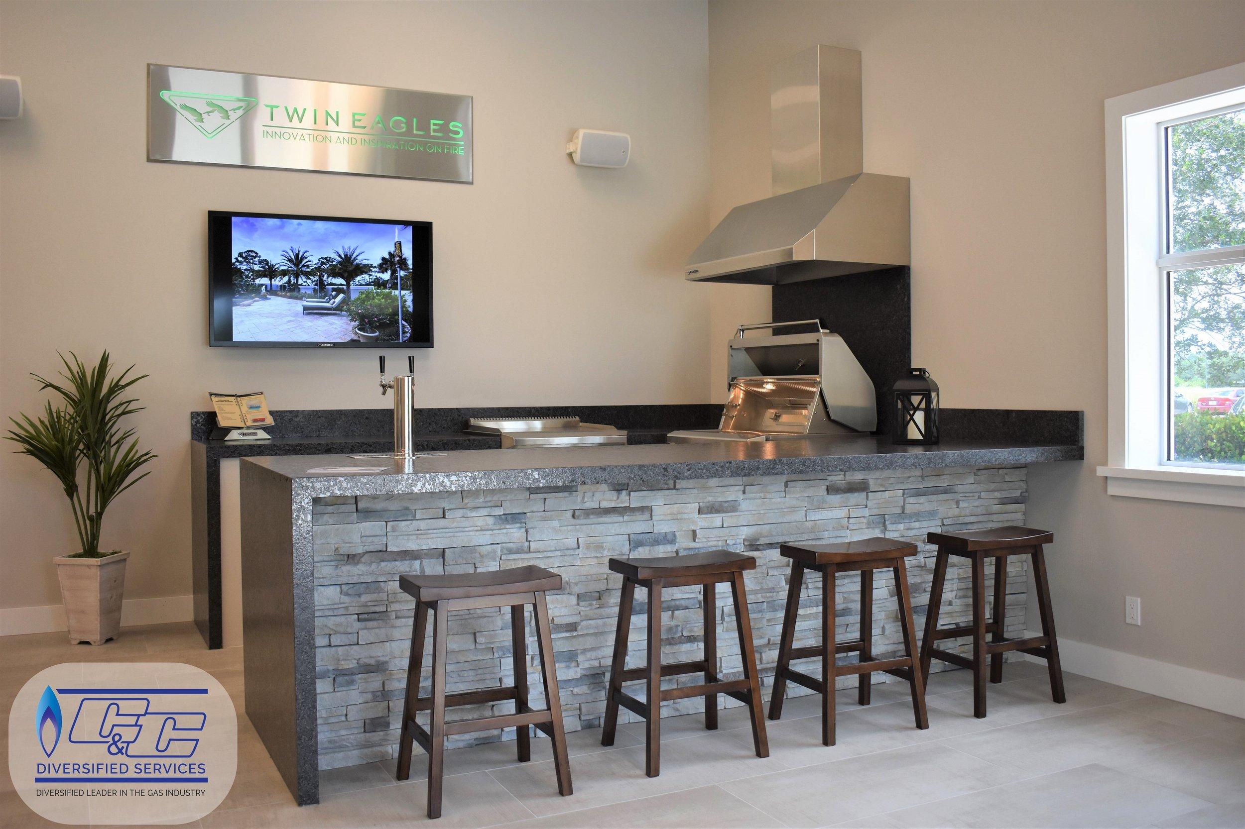 Custom Welded Aluminum Frame Outdoor Kitchen with Exquisite Features
