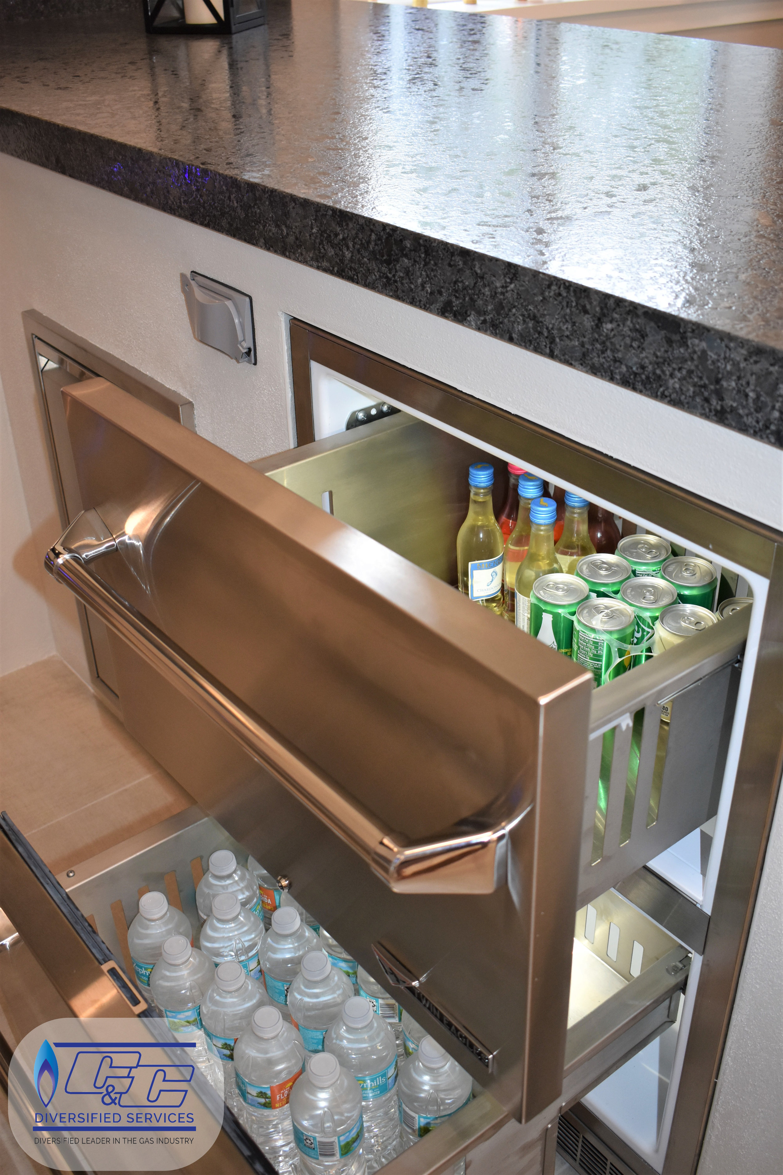 """24"""" Twin Eagles Outdoor Two Drawer Refrigerator"""