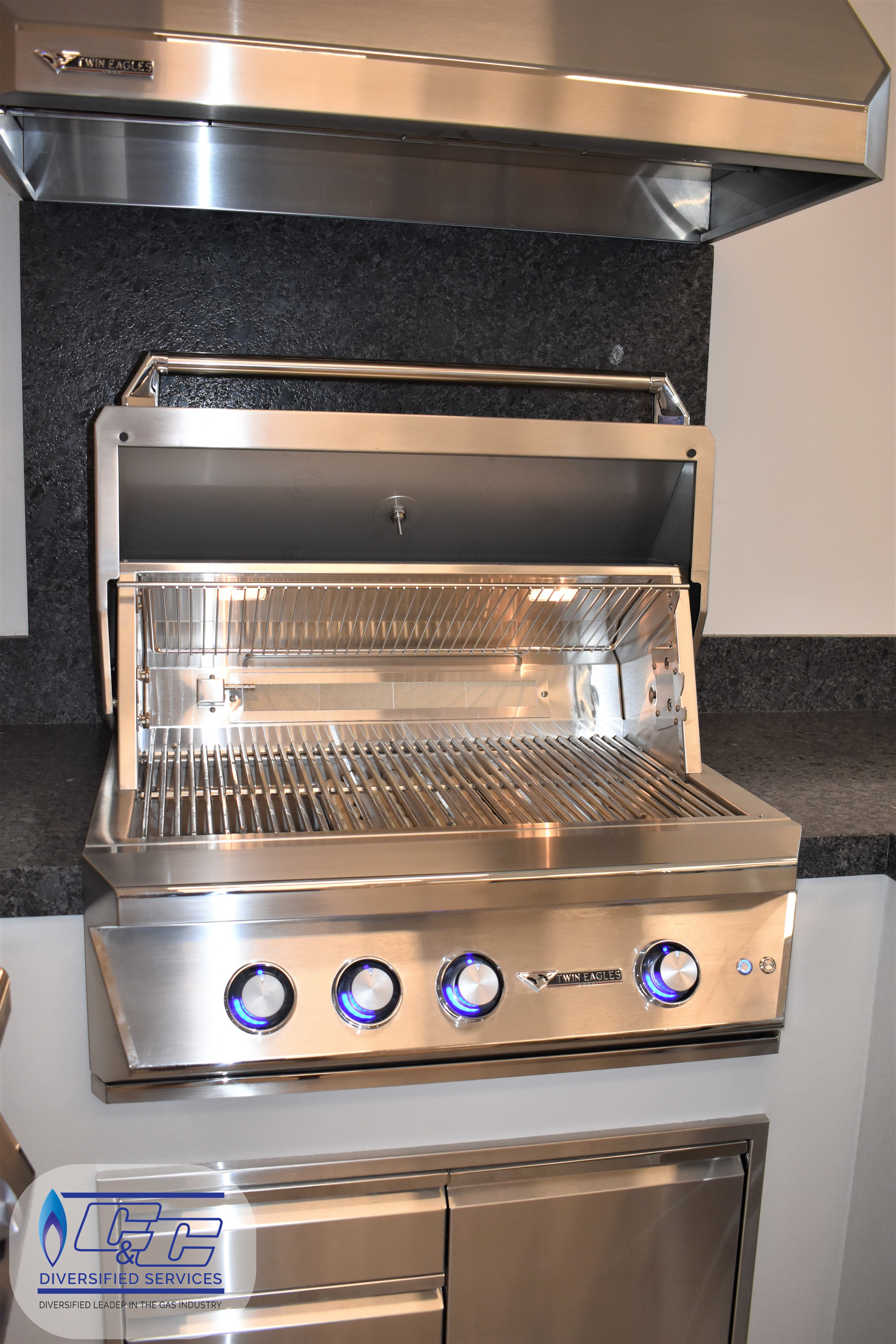 """36"""" Twin Eagles Gas Grill with Infrared Rotisserie and Sear Zone"""