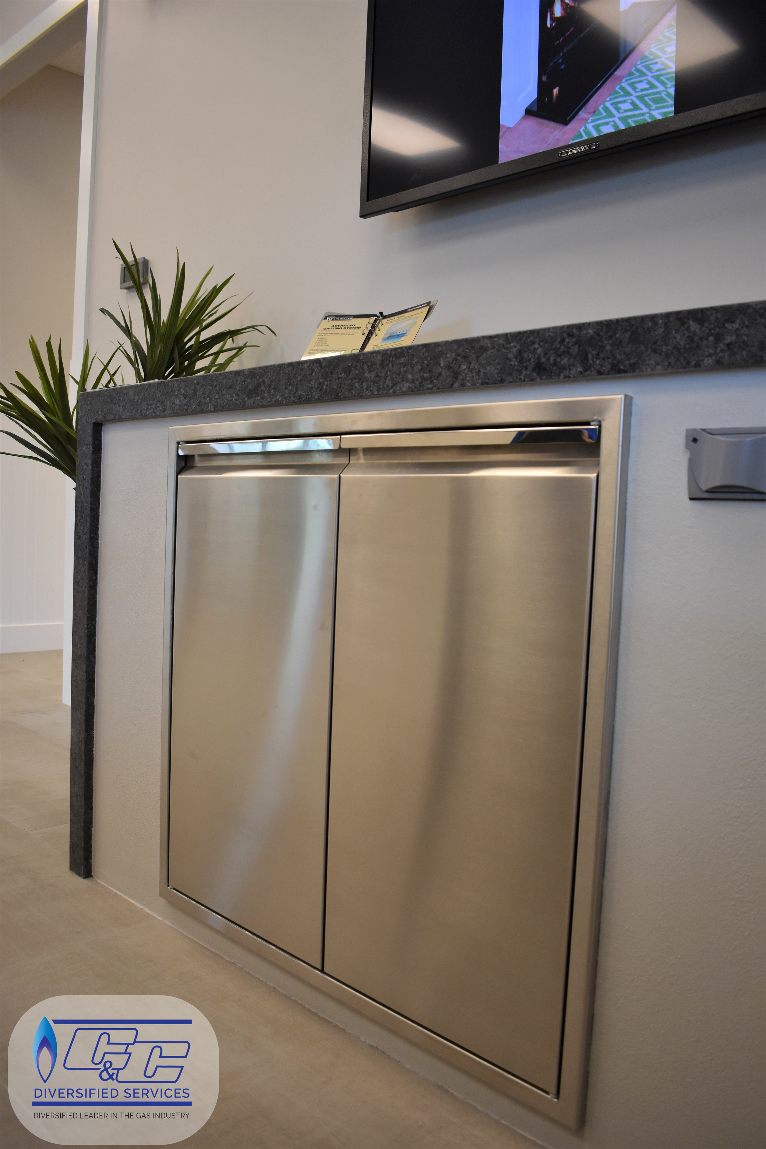 """30"""" Twin Eagles Double Access Doors (soft closing)"""