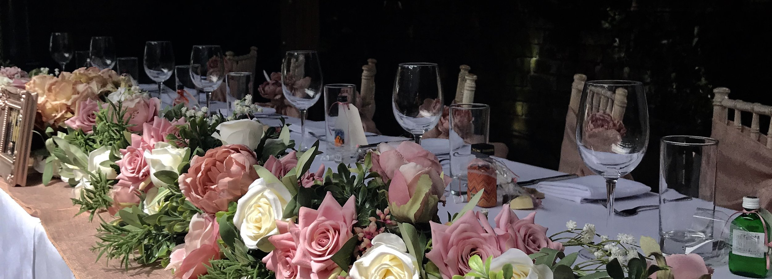 Absolutely stunning top table swagging by the uber talented Lara, to compliment the blush and rose gold theme