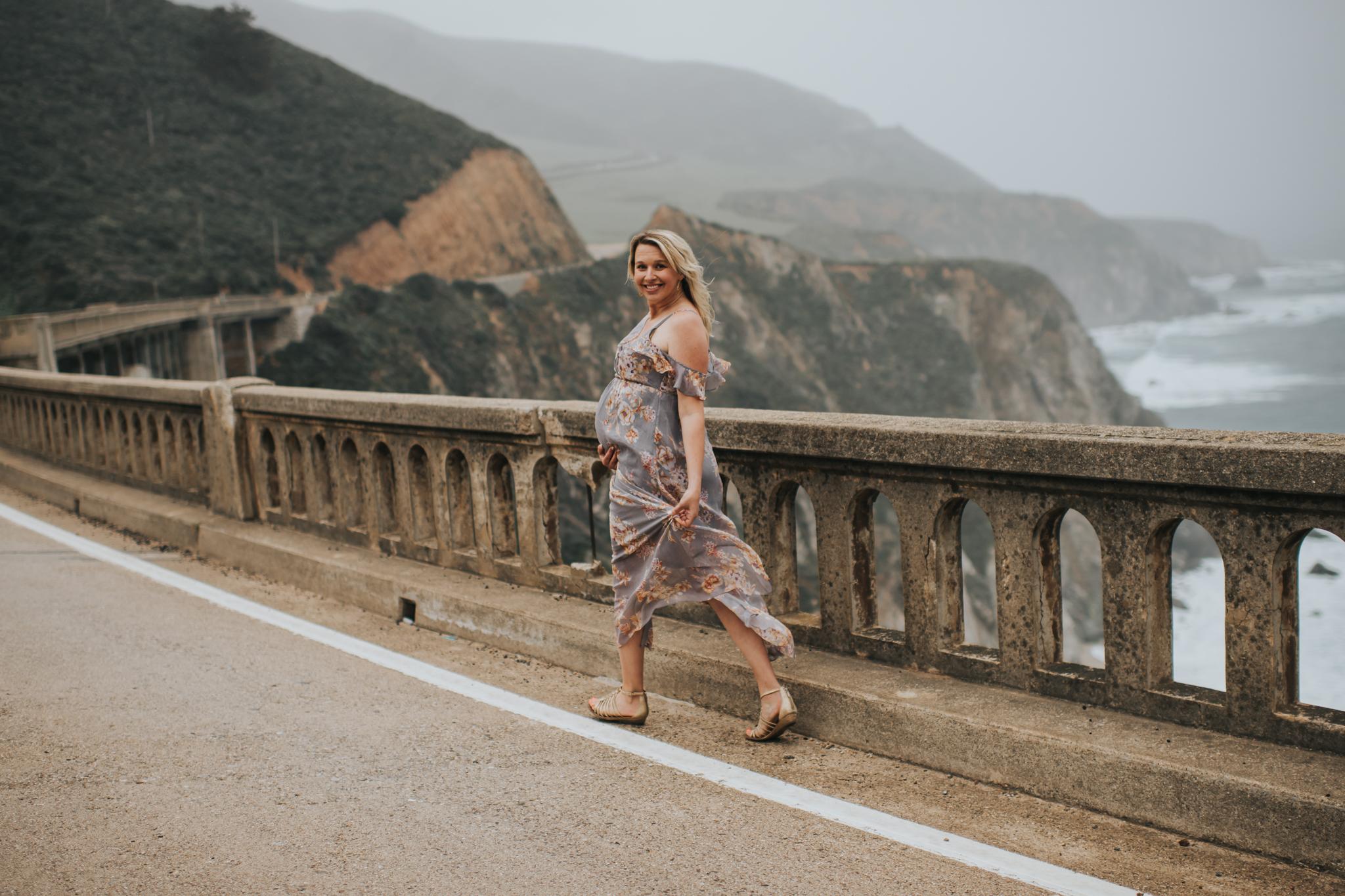 Maternity photographer big sur california coast