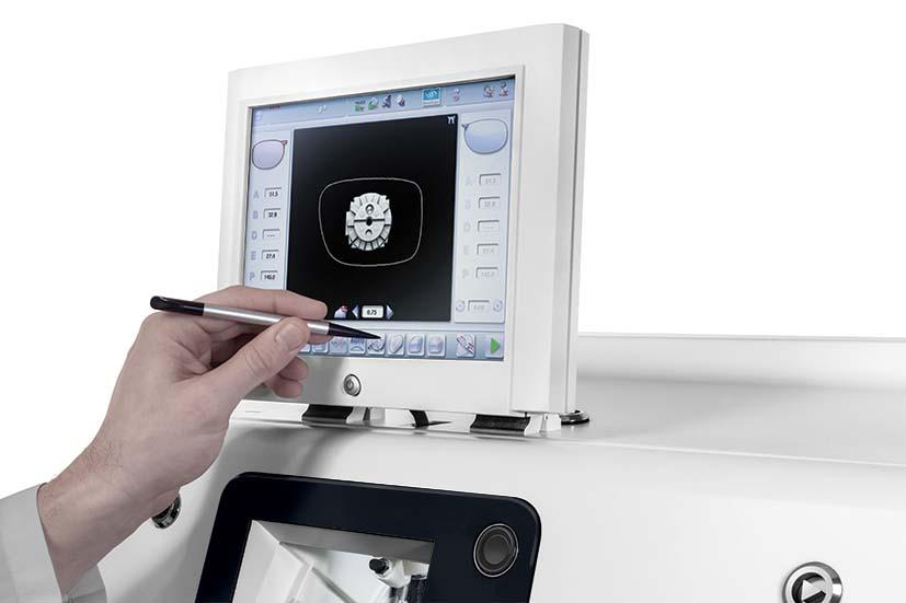 Essilor Pro-E 700 Touch Screen