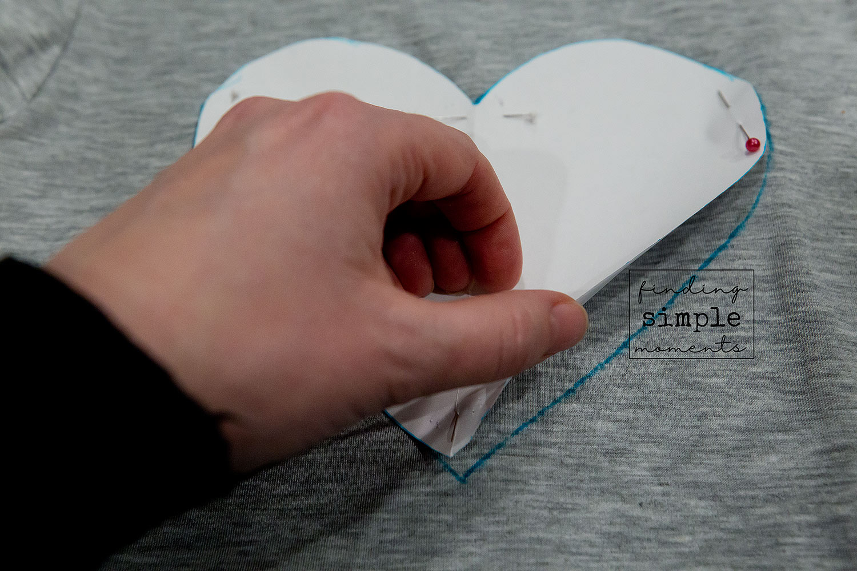 Ombre-Distressed-Heart-Shirt-DIY (15).jpg