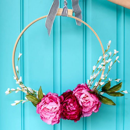 Colourful Embroidery Hoop Wreath tutorial from  Sugar Bee Crafts