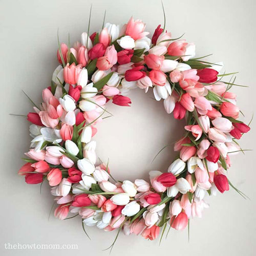 Tulip Wreath DIY tutorial from  The How-To Mom