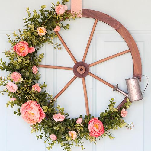 Wagon Wheel Farmhouse Wreath tutorial from  Lydi Out Loud