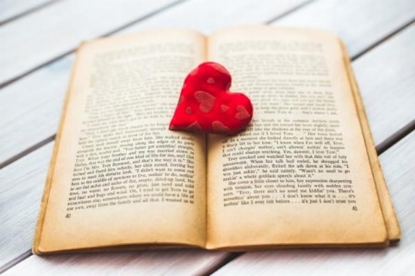 red-love-heart-old.jpg
