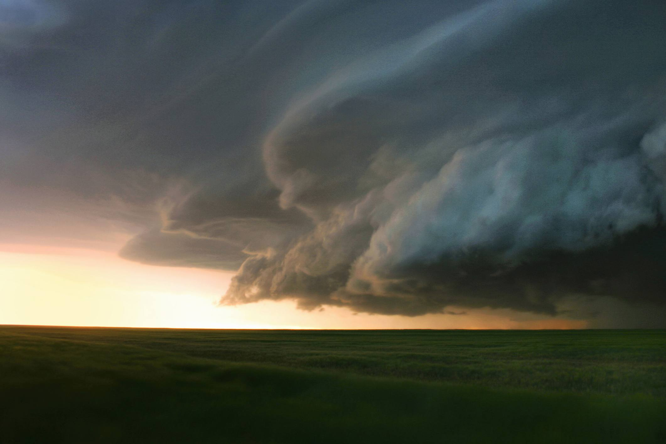 storms-shelf-cloud-56a9e24e5f9b58b7d0ffab4a.jpg