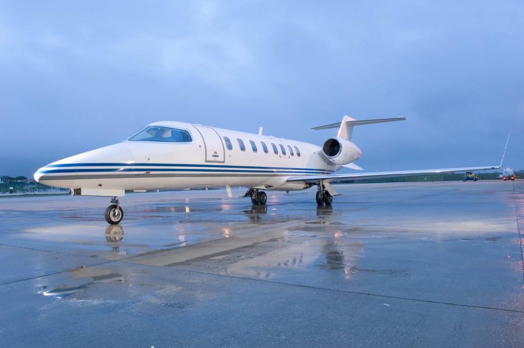 Learjet_45_sn_144.jpg