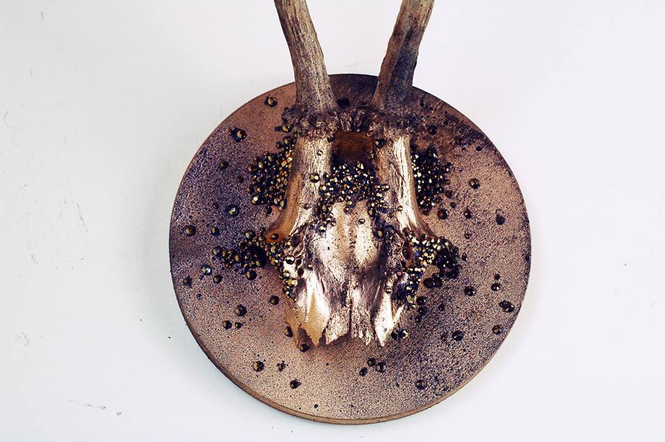 Gold Rustic Rhinestone Roe Deer Skull Plaque.jpg