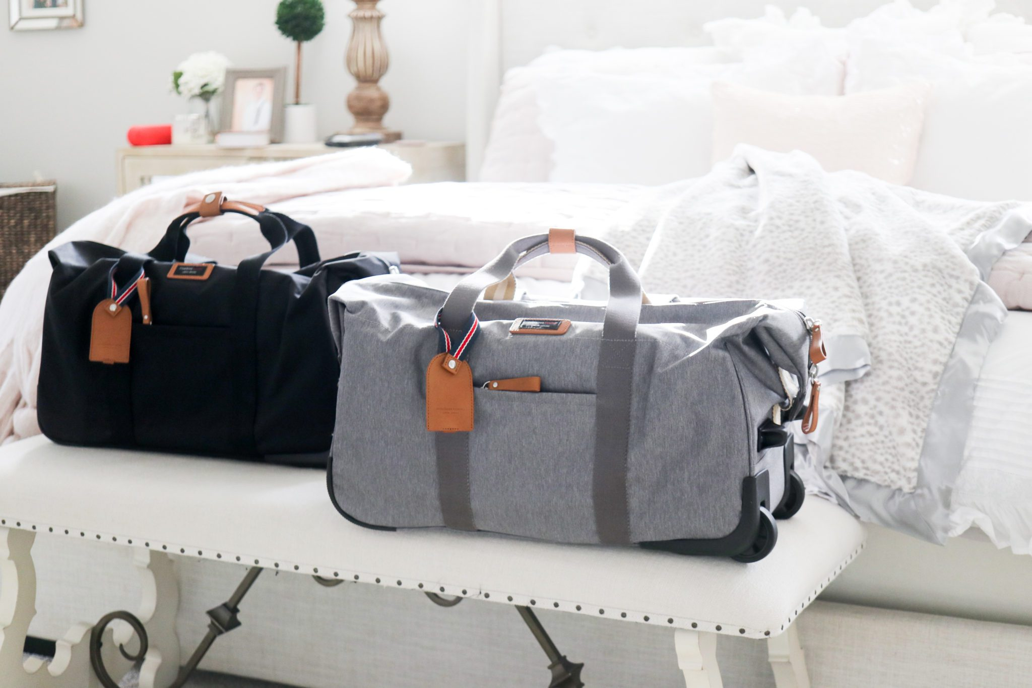 Here is a list of my top 10 hospital bag must haves!
