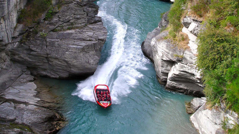Jet-Boating-New-Zealand.jpg