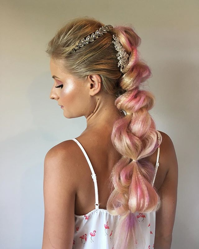 Ok, this hair was so much fun to create! I had a whimsical, unicorn theme in mind and @mua_denise_ didn't disappoint with her makeup - that highlight 👌🏻 To make extra fullness through the braid, I used my @hottoolspro crimper and pulled it apart. And once again, the coloured @joico hairspray gave the right pops of pink and light purple. • • • • #hairfashionandbridal #hairinspo #unicorn #behindthechair #modernsalon #cosmoprofbeauty #saloncentric #ittakesapro #blonde #hairstyle #pullthroughbraid