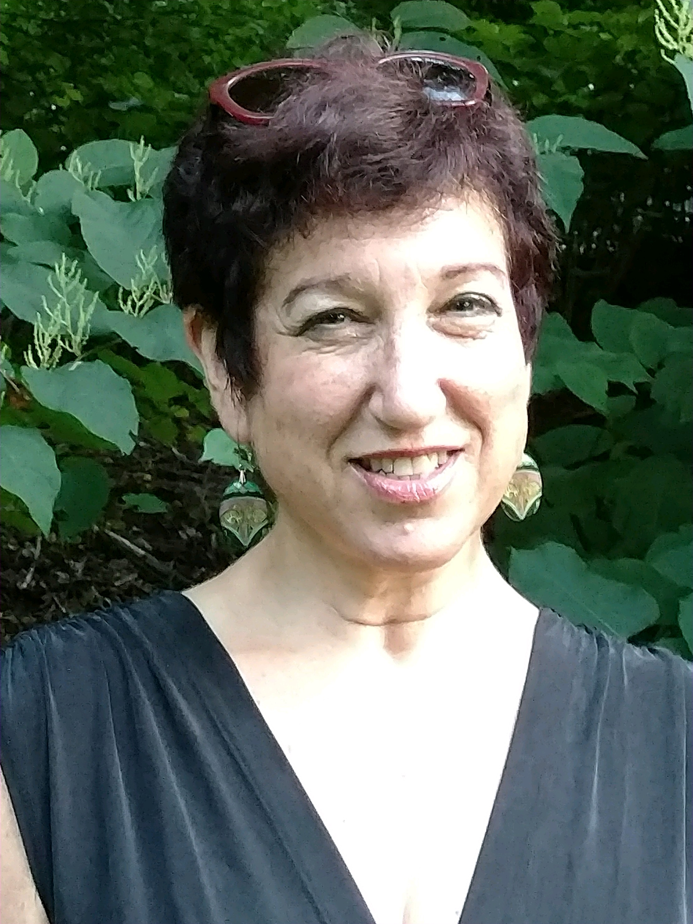 Debbie Schlossberg, Board of Directors   Debbie is a social worker with the ALS Association, Greater NY Chapter.  She is the mother of an adult son with developmental disabilities.  Debbie lives in East Brunswick, NJ, with her husband, Shlomo Nessim, and their son, Yoav.