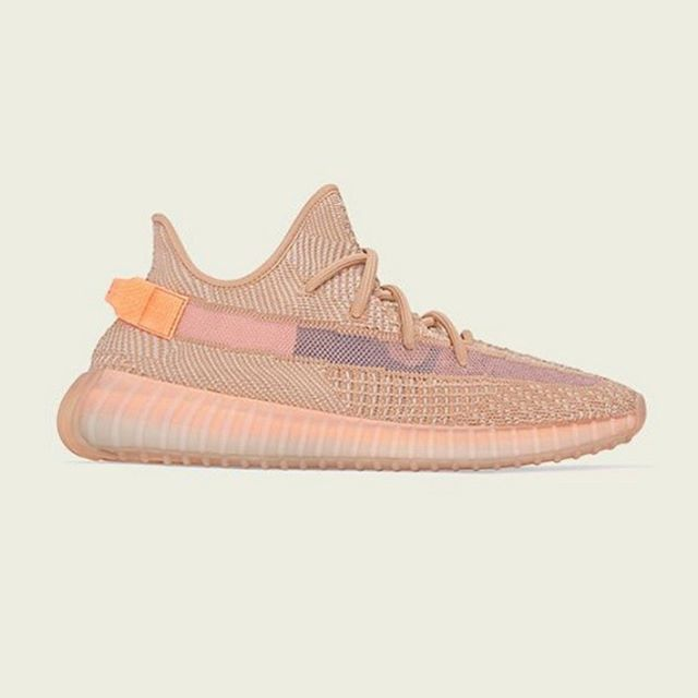 Last Day 🗣🗣🗣🗣 Memorial Day Giveaway!🇺🇸 ————————————— We are teaming up with @jnogales_photography and @jr_nogales to give away a free pair of Yeezy 350 V2 clay to enter:  1.Follow all 3 pages 2. Like this picture  3.Comment shoe size  Tag your friends for double entry!  Winner will be announced on 🇺🇸Memorial Day! Good luck 😎