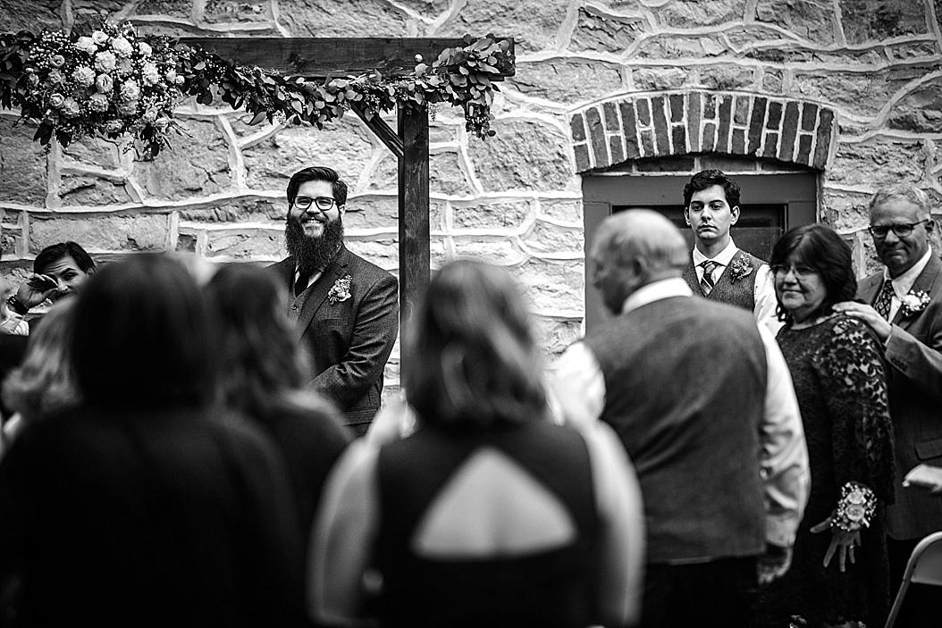 Luckenbach-Mill-Bethlehem-Wedding-Photographer_0023.jpg
